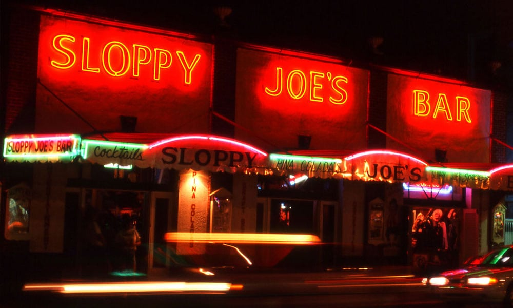sloppy Joes Bar at Night - Rentals Florida Keys